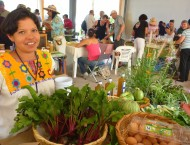 lady-organic-market